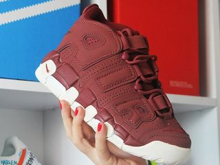Nike Air More Uptempo Bordo White.