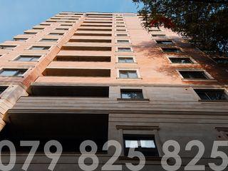 Botanica , 83 m2 , variantă albă , zonă de parc , direct de la compania de construcții !!