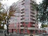 Сдается на долгий срок 2 комнатная квартира в центре Кишинева.