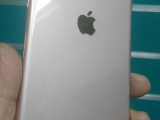 iPhone 8,8 Plus