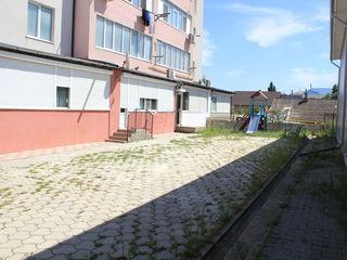 URGENT! Se vinde apartament cu 3 odai în or. Hîncești, str. M. Eminescu