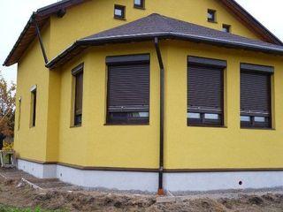 Rolete (porti) pentru garaj si ferestre cu livrare si instalare in toata Moldova!