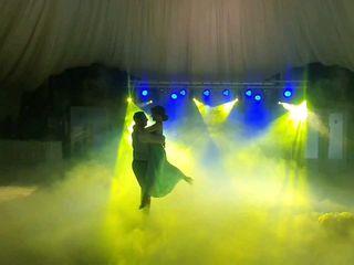 Тяжелый дым низкий .шоу свет и спецэффекты для вашей свадьбы, куматрии, корпоратива, дня рождения,