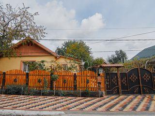 Se vinde casă cu amplsare reușită! reparată, 5,5 ari, ogradă mareși grădină, str. Crăsescu