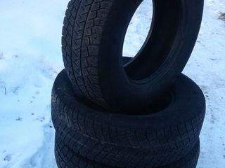 Michelin 235/70/16