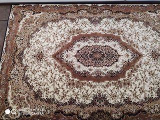 Covor floare, marimea 2m x 3m, 1400 lei
