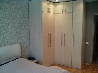 Продам 2-коматную квартиру 55 м2 2-этаж 43500 евро торг.ул мирон костин 19/1