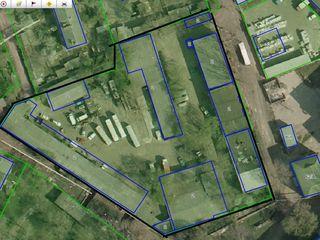 Продается производственный комплекс в центре мун. Бэлць, 0,82 ha.