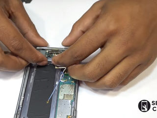 Samsung Galaxy S 9 (G960)    Nu se încarcă smartphone-ul? Înlocuiți conectorul!