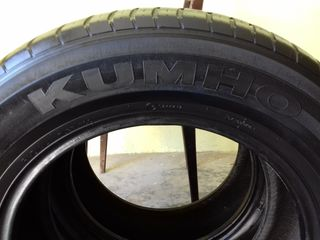 2 anvelope de vară Kumho 215/65R16  290 lei ambele