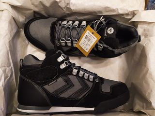 Hummel (Nordic Root Forest) новые зимние кроссовки-ботинки на меху, влагонепроницаемые, оригинал.