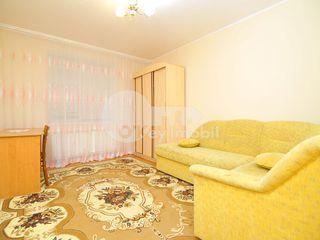 Apartament cu 4 camere, Buiucani, str. Alba Iulia, 350 € !