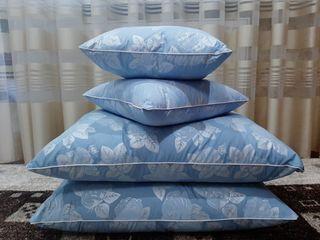 Perne noi din pene ,marimea 50/70 . si  mici 40/40. Продаем подушки перьевые .