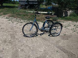 Новый велосипед ,трехосный ,семь скоростей