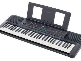 Yamaha PSR-E273 - синтезатор с автоаккомпанементом, 61 клавиша, 401 тембр, 143 стиля
