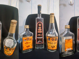 Продам пустые бутылки с редкими этикетками и упаковками, раритет