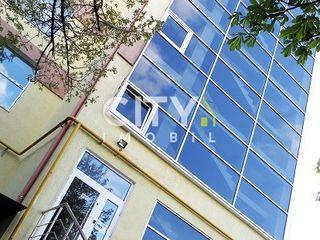 Se vinde apartament cu 4 camere,Chișinău, Botanica 110 m