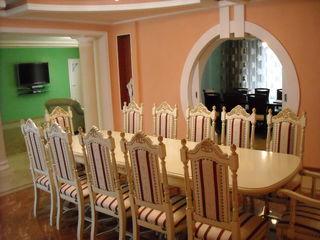 Сдаются :  комнаты посуточно гостиничного типа.