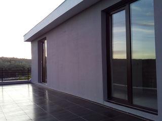 Casa stil hi- tech 180 m 44000 euro 7 km de chisinau