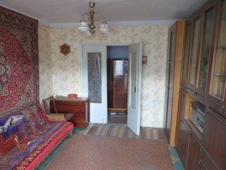 Продам 2-хкомнатную квартиру на 3 этаже