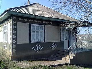 Se vinde casă în r-nul Fălesti s.Sărata-Veche,pret negociabil.