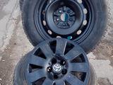 Комлект резины вместе с дисками от Toyota
