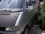 Volkswagen T 4.   Urgent !!!!