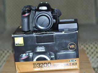 Vind fotoaparat Nikon D3200 body folosit doar in familie!!!Negociabil