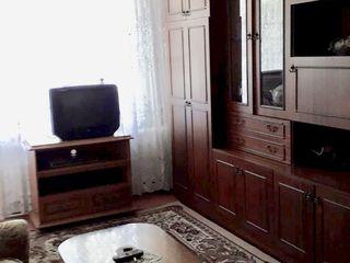 Срочно!!!в г. Вулканешты продается 4-х комнатная квартира по ул.Ленина 105 на 2 этаже 4-х эт. дома