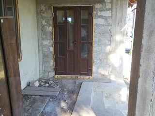 Casa noua la intrare in Pascani, 10 km de la Chisinau. Pe 100 de ani inainte.Negociabil.
