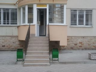 Cel mai ieftin apartament Ex - Factor, 3 camere, Buiucani, str. Alba Iulia