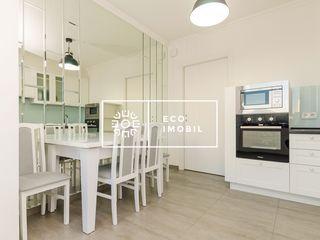 Se oferă în chirie apartament cu 2 camere,70 m.p, sect. Centru 500 €
