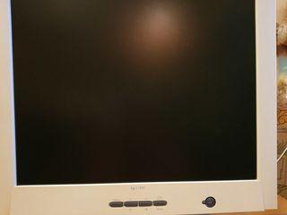 """Продается б/у Монитор 18""""  HP L1820"""