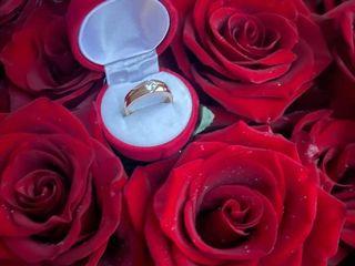 Cerere in casatorie, cine si nopti romantice