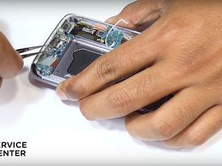 Samsung Galaxy S 8 (G950)  Nu se încarcă smartphone-ul? Înlocuiți conectorul!