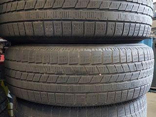 3 по цене 2-х. Зимние шины Pirelli Scorpion Ice&Snow - 3 штуки. Торг...