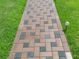 Amenajarea pavajului (укладка тротуарной плитки)