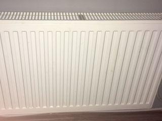 продам или обменяю стальные радиаторы отопления, тепло счетчик  и конвертер для обогрева помещения