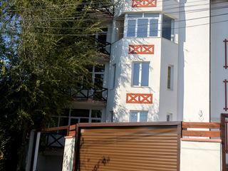 Пентхаус 151 m2. - в клубном доме на 4 квартиры ( 486 € = m2.) индивидуальный двор у каждой квартиры
