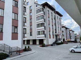 Se vine apartament in 2 nivele 155 m.p. sec.Durlesti