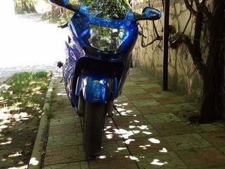 Honda 1100