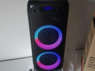 Boxa activa cu acumulator 2 ,Microfoane , Bluetooth, !!! 3200 lei     Se poate folosi la matineu, zi