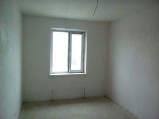 4-комнатные квартиры (новострой) в центре Бричяны!