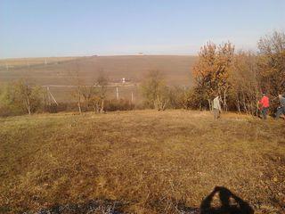 Хороший земельный участок 15 км от Кишинева.