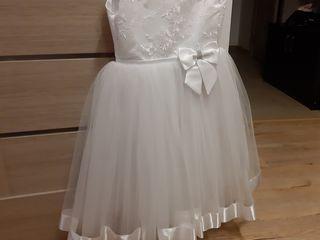 Платье белое 5-7 лет