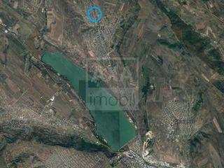 Spre vânzare teren pentru construcție - 8 ari, amplasat în s. Sireți, Strășeni