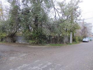 Продаю 11 соток земли под строительство на Ботанике по ул. Юрие Бабей 2