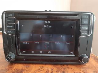 Штатная магнитола VW MEDIA PQ MIB STD2 в супер состояние