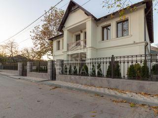 Casă de Elită spre Vânzare, Stăuceni 179900 €