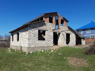 Se vinde casă în sat.Zastinca or.Soroca